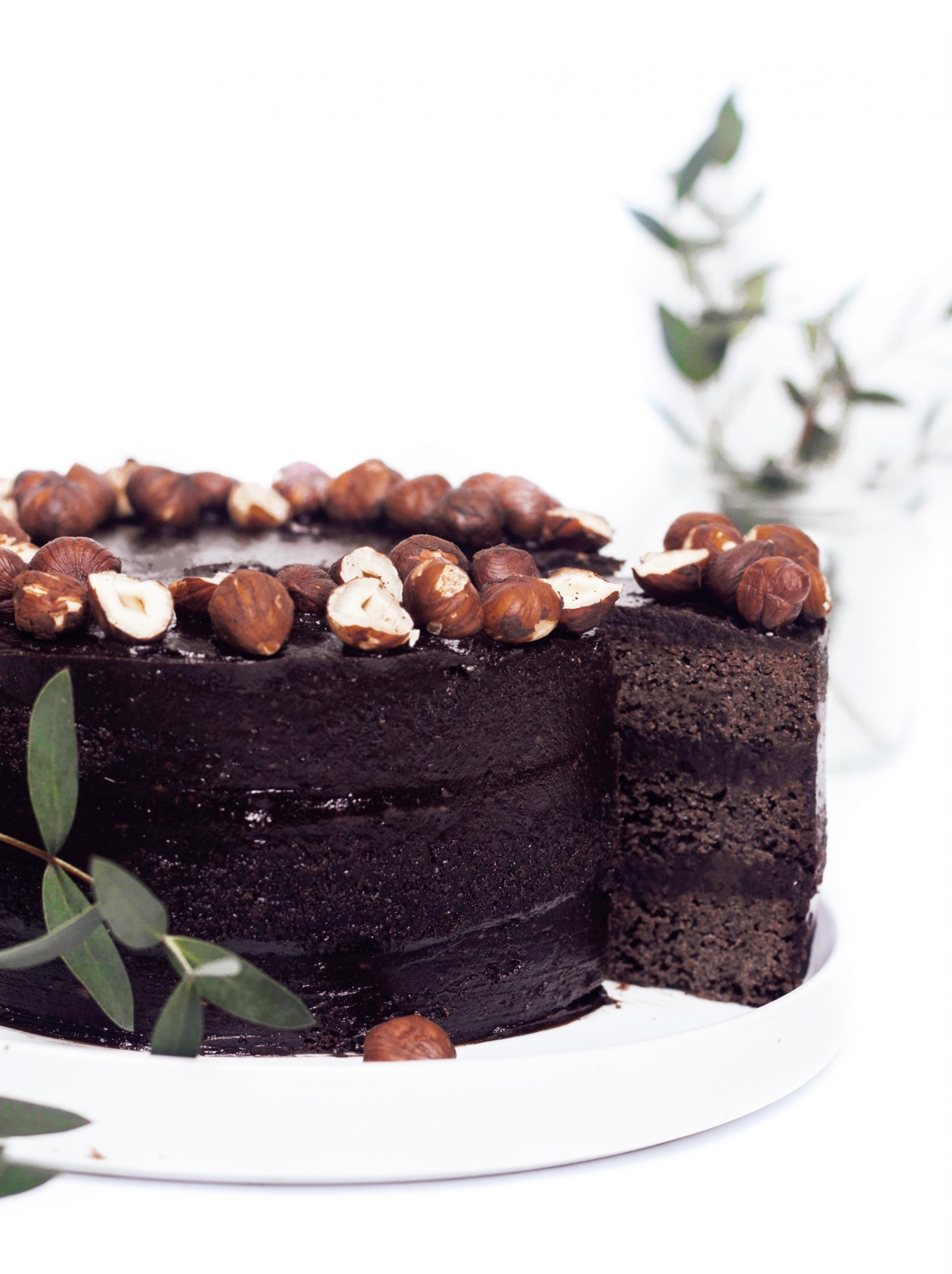 Шоколадова торта с лешници 3