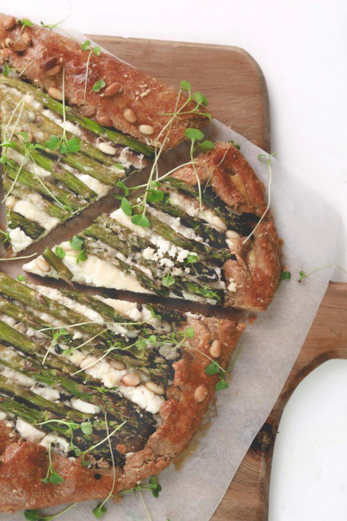 Солен галет с аспержи и козе сирене 1